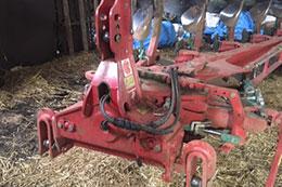 KVERNELAND ED85-300 5 furrow auto-reset plough