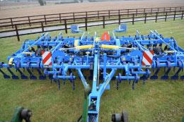 KVERNELAND LD85-240 5 furrow plough